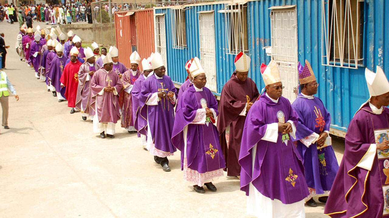 BLACK WEDNESDAY: From Fuga Mundi Spirituality to Confrontational Evangelization