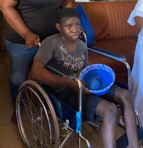 Adeshola Atande Foundation Donates Wheelchair, Food Items To A Child With Special Needs